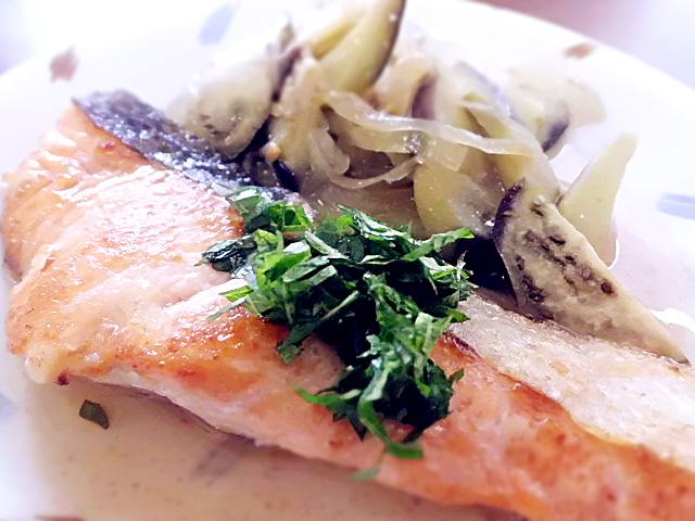 ひつじ雲(2015.9.19)の介護食:魚の梅肉ソース