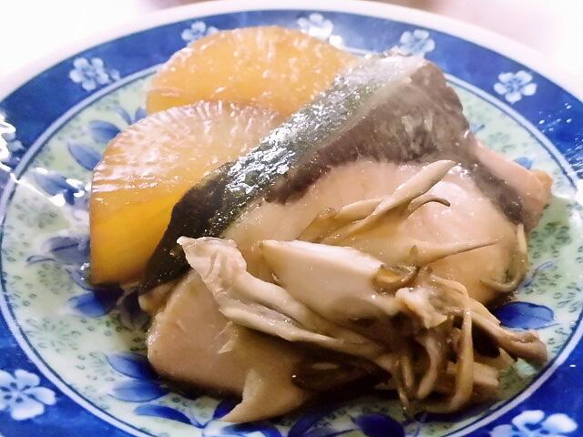 ひつじ雲の介護食(2015.12.08):鰤大根