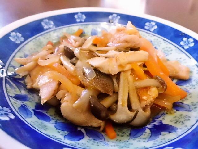 2016年11月29日の献立 ひつじ雲の献立:鶏肉の韓国味噌炒め