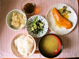 2018年6月16日の献立 ひつじ雲の献立:魚の照り焼き 豆腐チャンプルー 磯和え ご飯 味噌汁 (冷やしぜんざい)